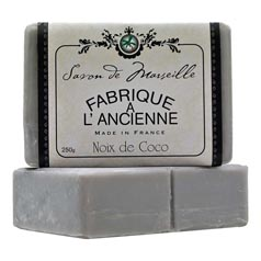 250g Coconut Fabrique Soap